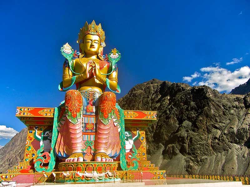 Schlangen-Buddha-Statue im Likir-Kloster