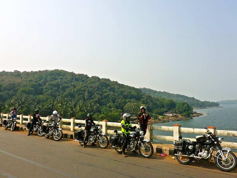 Brücke auf Kali Fluss, Karwar