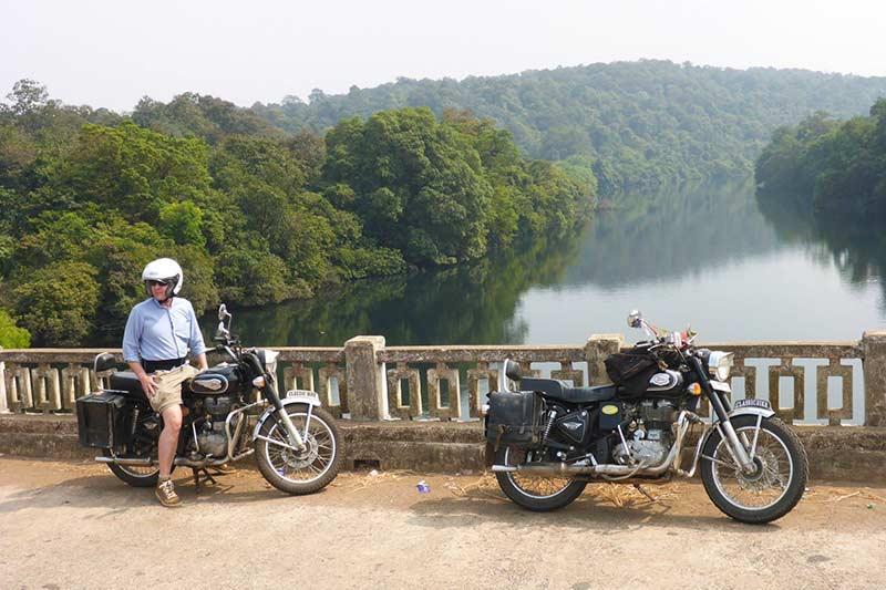 Brücke in der Nähe von Netravali Wildlife Park